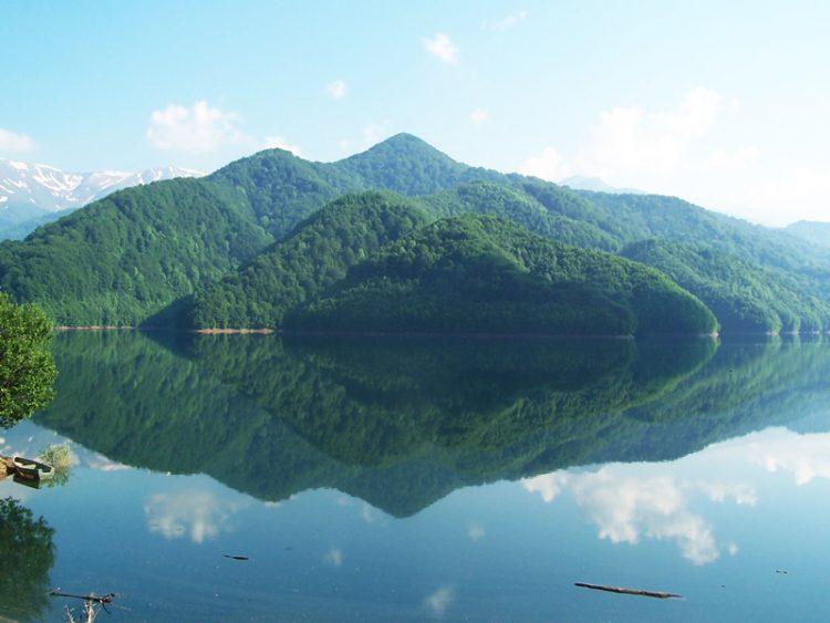 Lacul-Valea-lui-Iovan-Valea-Cernei