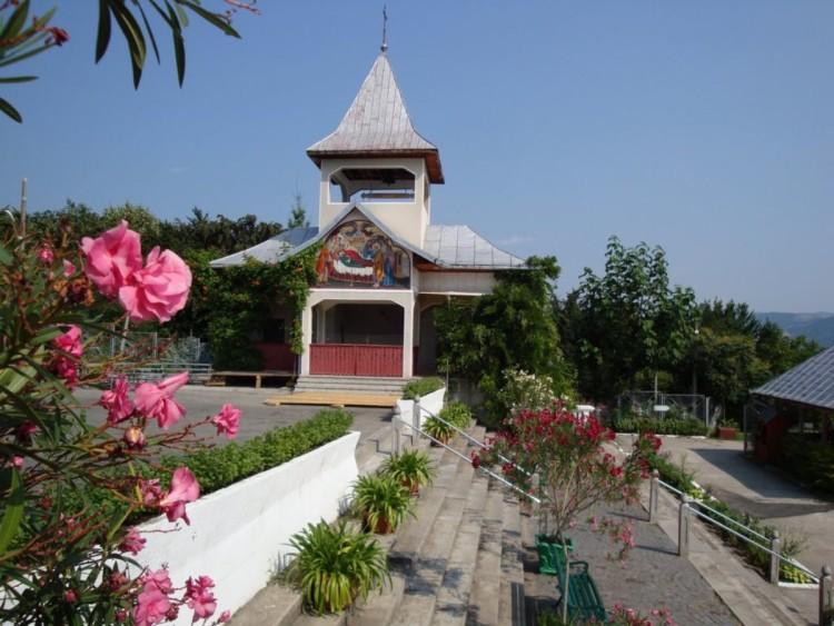 Manastirea Sfanta Ana Orsova 04.