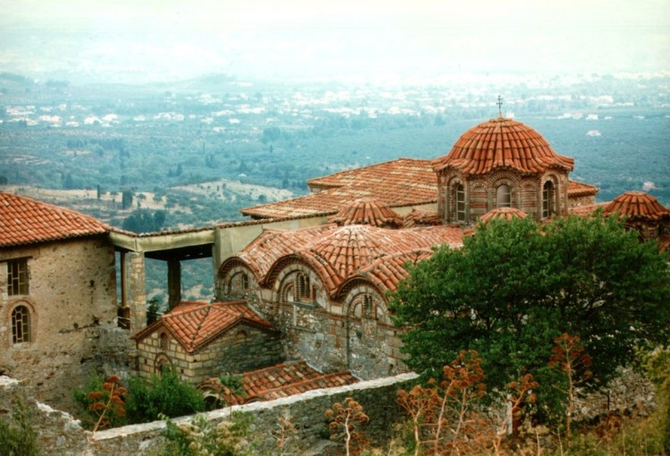 Town_of_mystras_02