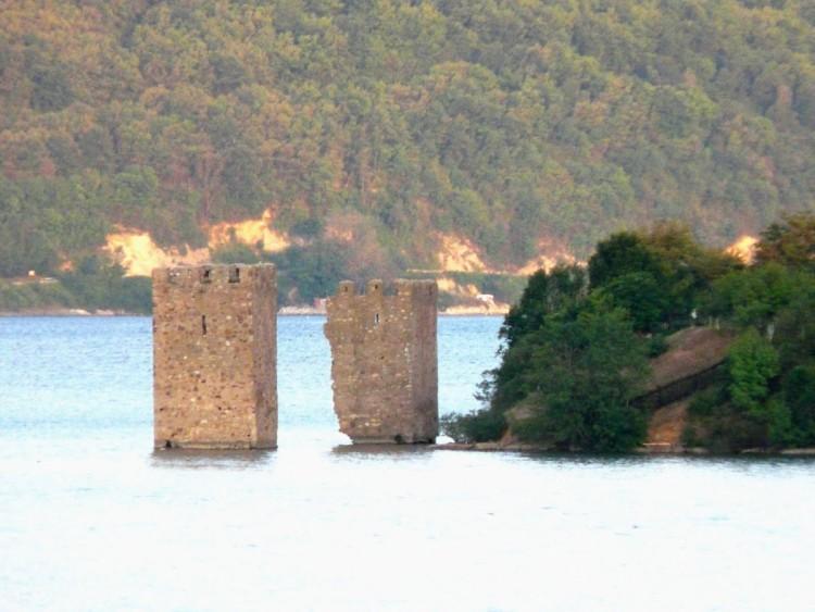 fortificatia medievala tricule