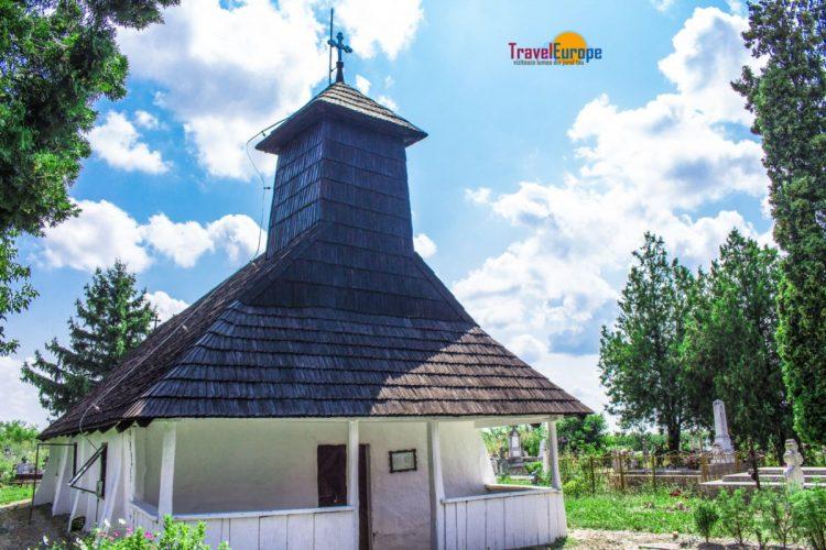 Biserica din lemn de la Cebza -0003